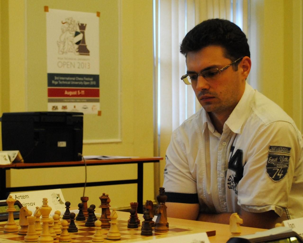 IM Artem Smirnov